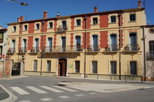 Les Buis : Bed and Breakfast near Cassagnes