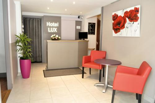 Hotel Lux : Hotel near Grenoble