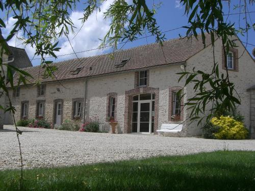 Cherville B&B : Bed and Breakfast near Saint-Martin-de-Nigelles
