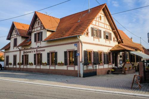 Hôtel Restaurant La Couronne : Hotel near Kauffenheim