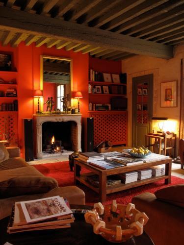 Hotel Les Templiers : Hotel near Aigues-Mortes