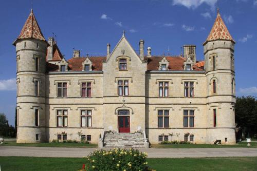 Chateau Moncassin : Guest accommodation near Saint-Michel-de-Castelnau