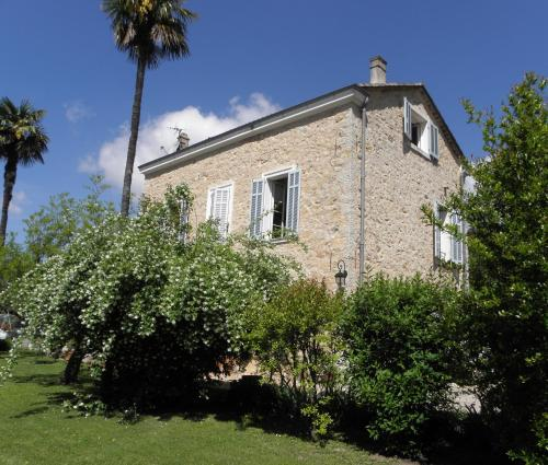 Chambres d'hôtes Bastide Lou Pantail : Bed and Breakfast near Mouans-Sartoux