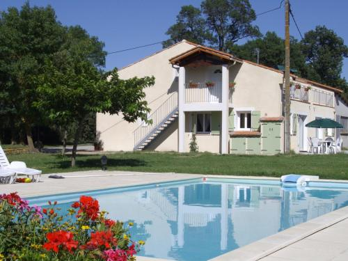 Domaine Las Brugues : Guest accommodation near Saint-Martin-Lalande