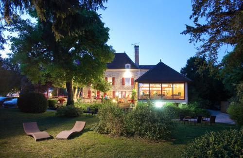 Hostellerie La Chaumière : Hotel near Doulevant-le-Château