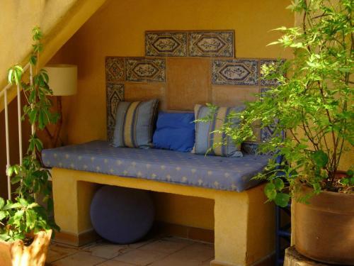 La Risouleto : Bed and Breakfast near Eyguières