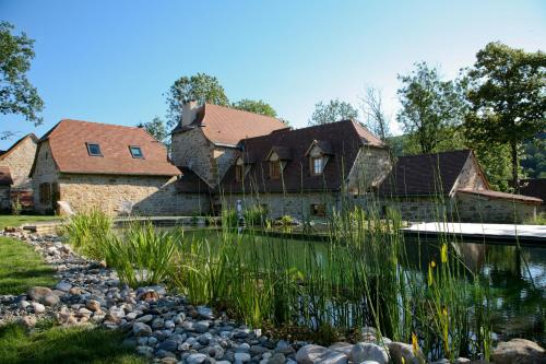 Le Hameau du Quercy : Bed and Breakfast near Montbrun