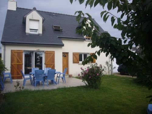 Brittany Beach Home : Guest accommodation near Riantec