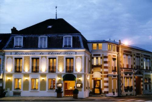 Hostellerie du Cheval Noir : Hotel near Thomery