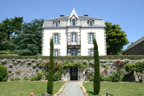 La Chouannerie : Bed and Breakfast near Combrand