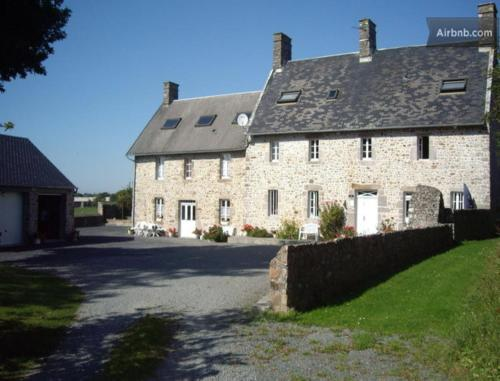 La Maison du Pois de Senteur : Bed and Breakfast near Ancteville