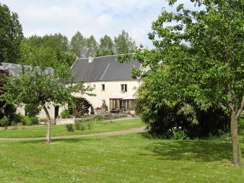 Moulin De Taillebosq - Chambres d'Hôtes : Bed and Breakfast near Bougy