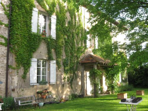 Le Domaine de Panissac : Bed and Breakfast near Bellac