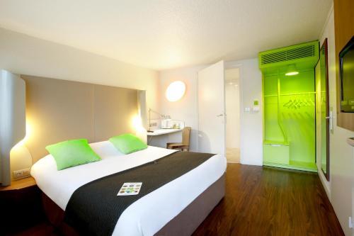 Campanile Lille Nord Wasquehal : Hotel near Wattrelos