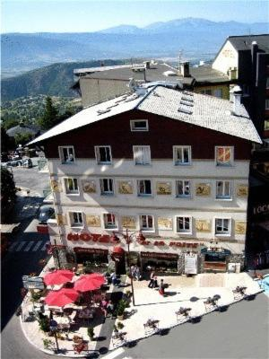 Hôtel De La Poste : Hotel near Font-Romeu-Odeillo-Via