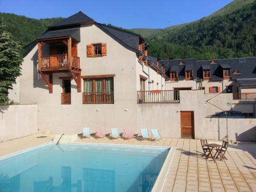 Résidence Vignec Village : Guest accommodation near Aulon