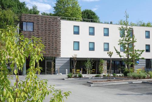 Ibis Budget Archamps Porte de Genève : Hotel near Vulbens