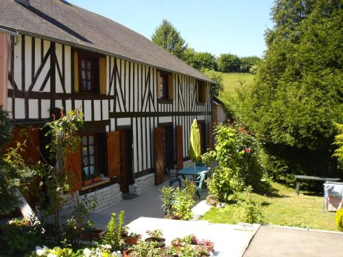 Le Val Godard : Guest accommodation near Ménil-Hubert-en-Exmes