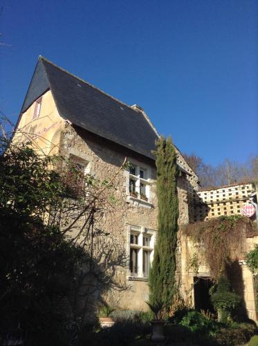 Le Carroy Brion : Bed and Breakfast near La Roche-Clermault