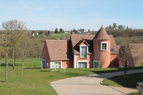 Belleme Resort : Apartment near Igé