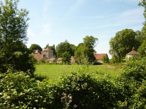 Chateau de Vesset : Bed and Breakfast near Sorbier