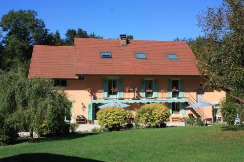 La Clairière du Moulin : Bed and Breakfast near Merlas