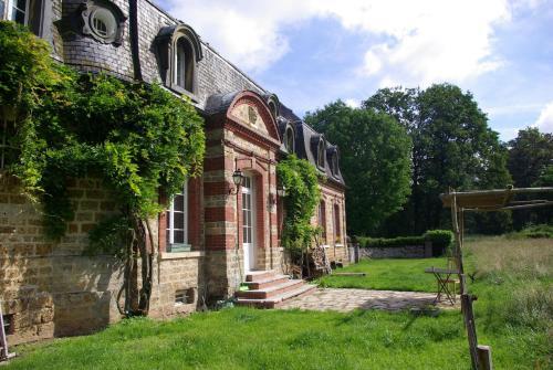 Chambre d'hôtes La Bourbelle : Bed and Breakfast near Grisy-Suisnes