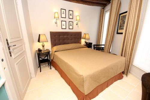 Monsieur Saintonge : Hotel near Paris 3e Arrondissement
