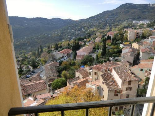 Chateau de Grasse : Guest accommodation near Le Bar-sur-Loup