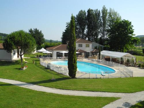 Le Luzerta : Hotel near Montlauzun