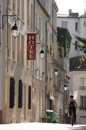 Hôtel du Roussillon : Hotel near Paris 13e Arrondissement