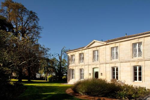 Château Ormes de Pez : Bed and Breakfast near Saint-Germain-d'Esteuil