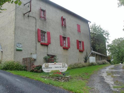 La Campagne de PieMon : Bed and Breakfast near Montredon-Labessonnié