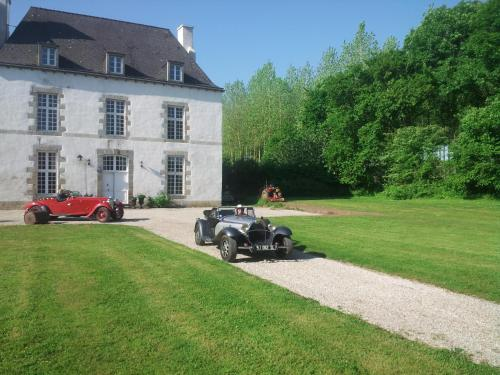Malouinière des Trauchandieres : Bed and Breakfast near Saint-Méloir-des-Ondes