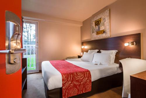 Comfort Hotel Champigny Sur Marne : Hotel near Ormesson-sur-Marne