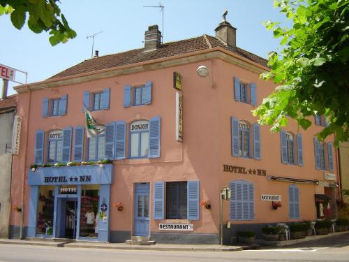 Hotel du Donjon : Hotel near Heuilley-le-Grand