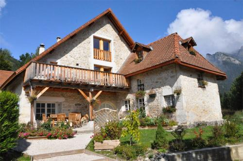 Le Valombré : Bed and Breakfast near Saint-Aupre