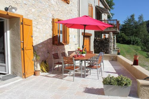L'Oustal de l'Annetta Chambres et Tables d'Hôtes : Guest accommodation near Montaillou