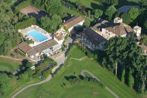 Chateau de la Begude : Hotel near Valbonne