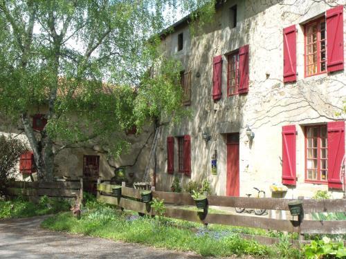 La Flambée : Guest accommodation near Bellac
