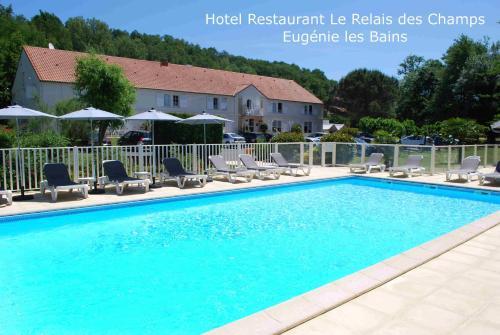 Hotel Le Relais des Champs : Hotel near Mauries