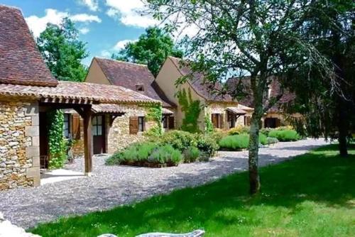 Le Domaine de la Millasserie : Bed and Breakfast near Saint-Félix-de-Villadeix
