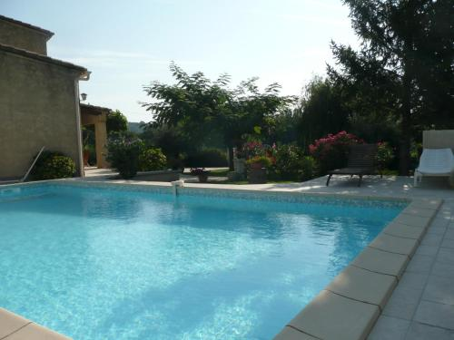 Villa Gour du Peyrol : Bed and Breakfast near Buisson