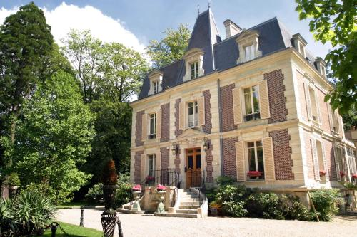 Les Jardins d'Epicure : Hotel near Buhy