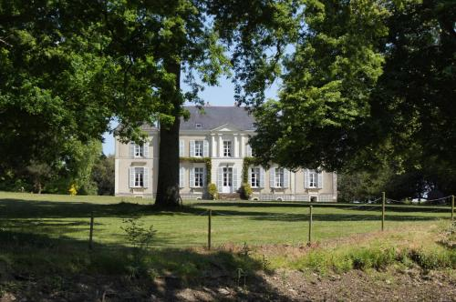 Demeure les Montys : Bed and Breakfast near Haute-Goulaine
