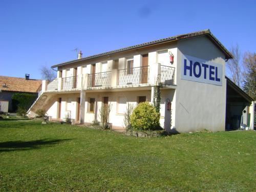Hôtel Restaurant La Casera : Hotel near Le Cuing