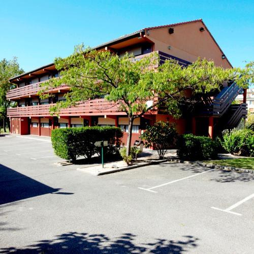 Kyriad Chantilly Sud - Luzarches : Hotel near Le Mesnil-Aubry