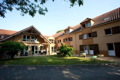 Hotel The Originals Limoges Sud Apolonia (ex Inter-Hotel) : Hotel near Le Palais-sur-Vienne