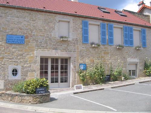 Logis Saint Martin : Bed and Breakfast near Fussey