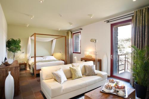 Domaine Riberach : Hotel near Saint-Michel-de-Llotes